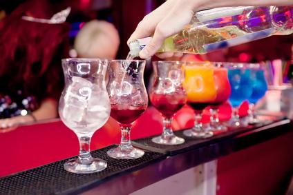 sample bartender cover letterbartender pouring drinks  restaurant job descriptions  middot  bartender cover letter tips