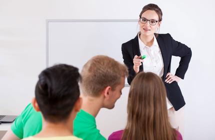 Teacher disciplines class